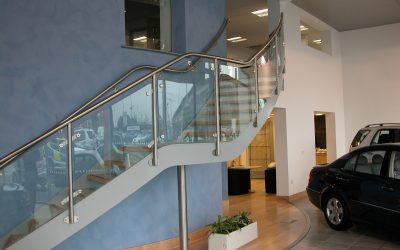 How to improve the look of your Building with Glass Balustrades and Staircases