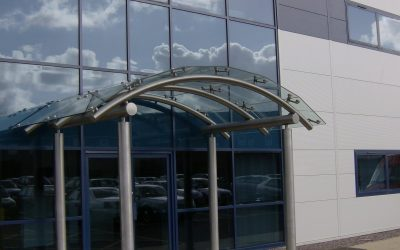 10 Reasons Why You Should Have a Commercial Glass Entrance on Your Building