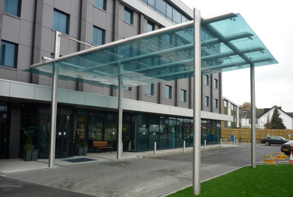5 ways to improve your building with Glass Canopies & Entrances